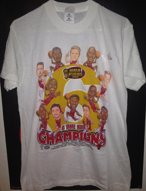 VINTAGE CHICAGO BULLS 6 TIME NBA CHAMPIONS T-SHIRT BY: HANES